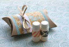 DIY Pillow Box Gift Packaging