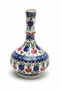 HUZUR SOKAĞI (Yaşamaya Değer Hobiler) Ceramic Tile Art, Ceramic Clay, Ceramic Vase, Ceramic Pottery, Pottery Art, Turkish Tiles, Turkish Art, Turkish Design, Grenade