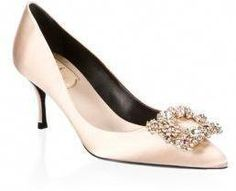 b89996fcbc2f2f Roger Vivier Flower Strass Buckle Satin Point Toe Pumps