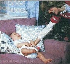 Diana tickling William 1982