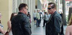 Arnold Schwarzenegger Pranks Fans In Movie Promotion Stunt - http://www.creativeguerrillamarketing.com/guerrilla-marketing/arnold-schwarzenegger-pranks-fans-in-movie-promotion-stunt/