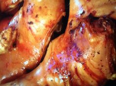 Cochinillo famoso de Segovia. Pig Roast, Chicken Wings, Objects, Foods, Meat, Drinks, Restaurant, Cooking, Food Food