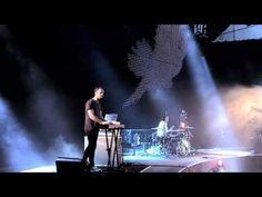 PARACHUTE BAND - PEACE ON EARTH (LIVE)
