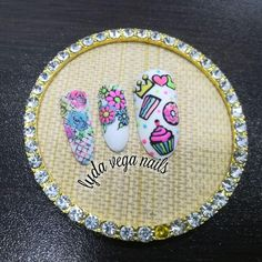 🍩🍰 *un diseño con mucho color y creatividad* 🎂💖👑 #uñas #nailart #pasionuñas #pantinggel #guming #nails #nailart #formagel #semipermanente… Vegas Nails, Nailart, Color, Instagram, Fingernail Designs, Creativity, Colour, Colors