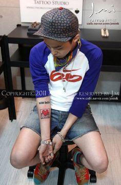 G-Dragon Tattoo, Keith Haring