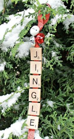 christmas ornaments DIY Jingle Bells Scrabble Christmas Ornament - Day 9 of 12 Days of Ornaments Decoration Christmas, Christmas Ornaments To Make, Homemade Christmas Gifts, Christmas Bells, Christmas Projects, Handmade Christmas, Holiday Crafts, Diy Ornaments, Holiday Decor