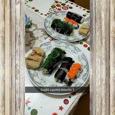 Ayer queria probar de que viendo un par de videos en #youTube podía hacer unos roles rellenos de queso crema #atun #cangrejo  #sushi #sushitime #tataki de atun (aunque se cocino casi todo ) Me falta mas práctica #yosicocino #cena #dinnertime by drhigadovzla