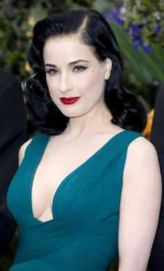 Dita Von Teese Looks - StyleBistro- Immaculate hair and makeup