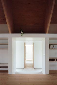 http://static.dezeen.com/uploads/2013/09/dezeen_Koya-No-Sumika-by-mA-style-architects_10.jpg