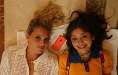 Ambre Smith, Roller Team, Violetta And Leon, New Disney Channel Shows, Cimorelli, Image Fun, Sofia Carson, Princess Girl, Son Luna
