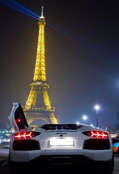 Lambo in Paris? I think I can pull this off. I just have to sell my playstation 3 and im there. Lmao.