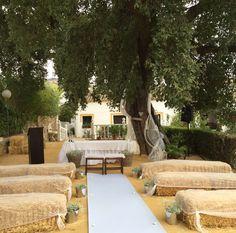 Organización de bodas-Decoración-Diseño-Coordinación del Día B-Meseros-Minutas-Invitaciones-Sitting Plans-Fotocalls-Candybars-etc. Y mucho más.  +info: hola@lovebodasyeventos.com  LOVE  #love #amor #happy #feliz #ceremonia #ceremony #vintage #wedding #weddingplanner #Cádiz #holidays #boda #bodasbonitas #bodasunicas #deco #decor #candy #chocolate #happy #feliz #verano #summer #country #destinationweddings #inlove #kiss