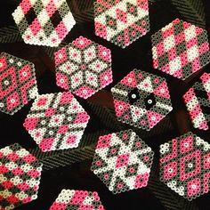 Coasters hama beads by vintageinteriorxx Perler Bead Designs, Perler Bead Art, Pearler Bead Patterns, Perler Patterns, Loom Beading, Beading Patterns, Pixel Art, Hama Beads Coasters, Mandala
