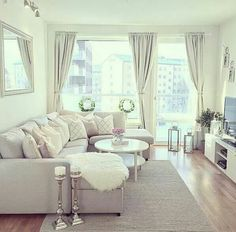 A small living room can present a few design challenges, but with the right design ideas, small spaces can be transformed to create magnificent living room. A great way to make a small living room feel larger is to keep… Continue Reading → Cozy Living Rooms, New Living Room, My New Room, Apartment Living, Home And Living, Living Room Decor, Small Living, Cozy Apartment, Apartment Ideas