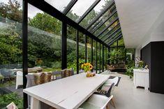 Serre Surhuisterveen - De Boer Serrebouw Dutch House, My House, Garden Room Extensions, Amazing Architecture, My Dream Home, House Plans, New Homes, Ramen, House Design