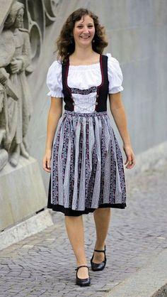 Swiss traditional wear (Heidi dress) | Switzerland | Pinterest ...