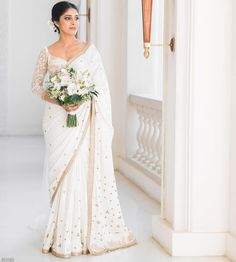 White Saree Wedding, Sari Wedding Dresses, Christian Wedding Sarees, Kerala Wedding Saree, Latest Bridal Dresses, Bridal Sari, Indian Wedding Bride, Asian Wedding Dress, Wedding Dress Train