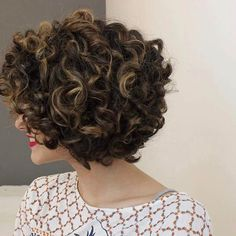 Protective Hair Style Ideas for Kinky Hair Mid Length Curly Hairstyles, Bob Haircut Curly, Haircuts For Curly Hair, Curly Hair Cuts, Curled Hairstyles, Short Hair Cuts, Cool Hairstyles, Short Hair Styles, Bad Hair