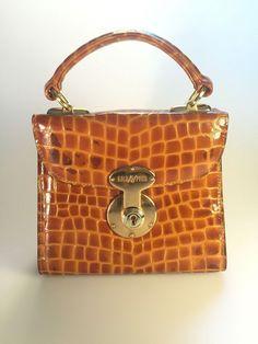 fe61b8f053b75 Goldpfeil Vintage Handbag Crocodile Alligator Texture Leather Designer  Purse  Goldpfeil  Doctor