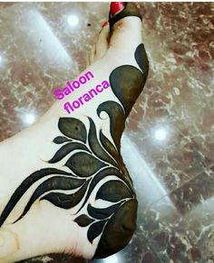 Latest Henna Designs, Floral Henna Designs, Mehndi Designs Book, Legs Mehndi Design, Mehndi Designs For Beginners, Modern Mehndi Designs, Mehndi Designs For Girls, Bridal Henna Designs, Mehndi Design Photos