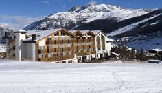 Alexander Charme Hotel offers offers a fully equipped Techno gym, wellness center and spa in Livigno Italy. Book a range of spa treatments in Livigno.