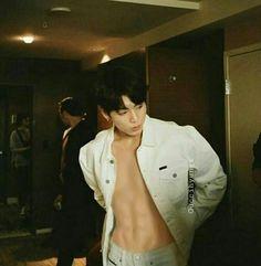 Read from the story Jimin y tu by (мιn нee) with reads. Ammm TN y Taehyung?-dijo Namjoon-AH! S-SI? Jungkook Abs, Taehyung, Jungkook Fanart, Namjoon, Bts Bangtan Boy, Jung Kook, Foto Bts, Bts Photo, Jeongguk Jeon