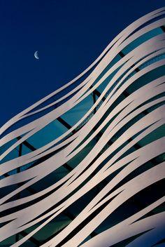 Edificio Suites Avenue, Barcelona, Spain, Toyo Ito facade  Aula Creactiva. Escuela de Creativos. Madrid.