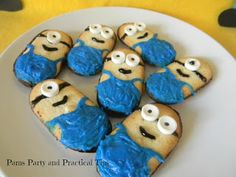 Lots of great Despicable Me Minion party ideas posted by @Pamela Culligan Maxwell including these awesome Minion cookies!