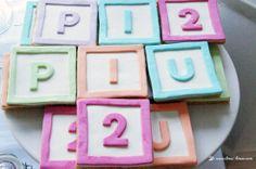 Bolachas decoradas com Cubos de Letras
