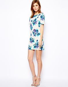 warehouse  blurred floral - need this in my Spring closet