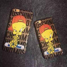Moschino Tweety Bird iPhone 6/6 Plus Case Coffee