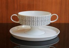 """Articoli simili a Soup Bowl """"Composition"""" by Tapio Wirkkala for Rosenthal su Etsy Dinner Sets, Ceramic Artists, Finland, Dinnerware, Composition, German, Objects, Porcelain, Soup"""