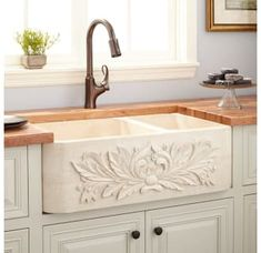 Buy the Signature Hardware 258709 Cream Egyptian Direct. Shop for the Signature Hardware 258709 Cream Egyptian Ivy Offset Double Basin Polished Marble Farmhouse Sink and save. Kitchen Sink Decor, Farmhouse Sink Kitchen, Kitchen Fixtures, Modern Farmhouse Kitchens, New Kitchen, Cool Kitchens, Kitchen Ideas, Kitchen Inspiration, Dream Kitchens
