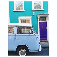 Blue, turquoise and purple - probably one of the best colour combos. Throw in an old vw camper and you've got the perfect IG! 🙌🏻💙💜💚 . . . . . . . . . #happyhousedreams #justbehue #transfer_visions #rsa_vsco #visitengland #abmlifeiscolorful #candyminimal #vsco_lover #bristolcolouruk #instabritain #explore_britain #shotoniphone #capturingbritain #prettylittletrips #thisprettyengland #dscolor #ihavethisthingwithcolour #ihavethisthingwithhouses #colorfulhouses #colourfulhouses  #swisbest…