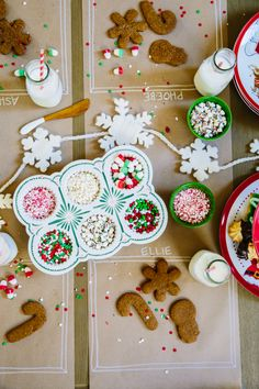 Kids Holiday Cookie Decorating Party - cute!