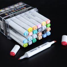 LifeMaster Finecolor Large Capacity Professional Art Marker for Animation Design Twin Markers Alcohol Based Ink Stationary Supplies, Cute Stationary, Art Supplies, Marker Kunst, Marker Art, Brush Lettering, Hand Lettering, Cute Pens, Cute School Supplies