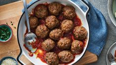 Our Italian-Style Soft Meatballs are the ultimate comfort food to share as an appetizer the next time you are entertaining! Add a thin layer of tomato sauce into the bottom of a slow cooker before adding the cooked meatballs. Strawberry Salsa, Fresh Strawberry Pie, Bacon Stuffed Mushrooms, Stuffed Peppers, Pasta Recipes, Chicken Recipes, Appetizers For Kids, Bread Salad, Salmon Cakes