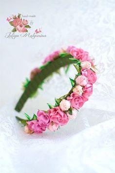 Ободок для волос/сделаю на заказ Kanzashi Flowers, Felt Flowers, Fabric Flowers, Fabric Flower Headbands, Baby Headbands, Diy Headband, Silk Ribbon Embroidery, Ribbon Crafts, Floral Motif