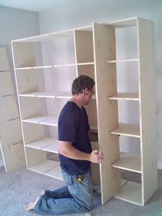 Cube shelves DIY step by step plans.