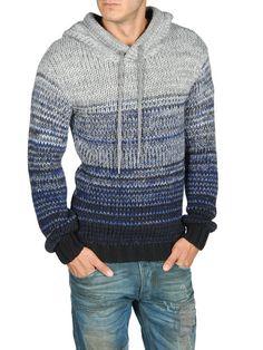 Francy Kali Crocheted hoodie for guys, machine made but good idea for colors Crochet Men, Crochet Hoodie, Crochet Hats, Looks Cool, Crochet Clothes, Pulls, Knitwear, Men Sweater, Jumper