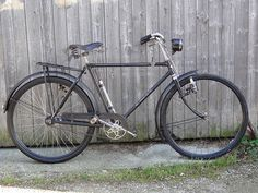 rebuilt to original condition Wheeling, Vintage Bicycles, Motorbikes, Wander, The Originals, Vehicles, Frames, Bicycles, Old Bicycle