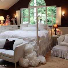 White Iron Bed Design, Pictures, Remodel, Decor and Ideas - page 10