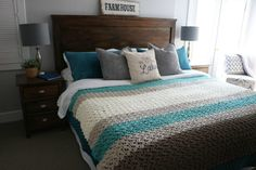 Crochet a King Size Farmhouse Blanket - Free pattern - MJ's off the Hook Designs Easy and quick crochet afghan patterns Collection: Farmhouse King Blanket Easy Crochet Blanket, Quick Crochet, Crochet Blankets, Blanket Yarn, Free Crochet, Irish Crochet, Crochet Wraps, Crochet 101, Chunky Crochet