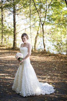 Oak Grove Lake Park in Chesapeake, Virginia | Bridal portrait