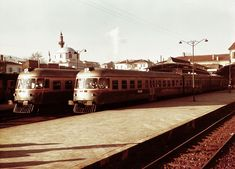 https://flic.kr/p/22kstCT   Turkey Railways - Izmir Basmane station - TCDD Class MT5500 Fiat diesel trains   Two TCDD diesel trains in Izmir, in an undated photo. They were ordered from the Italian manufacturer, Fiat, and delivered for service in Turkey in 1961