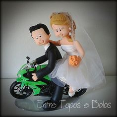Cake topper  www.facebook.com / entretoposebolos