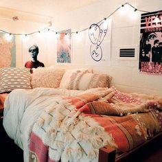 Cute dorm room decorating ideas on a budget College Dorm Decorations Budget cute Decorating Dorm Ideas Room Dream Rooms, Dream Bedroom, Teen Bedroom, Fantasy Bedroom, Cozy Bedroom, White Bedroom, Deco Boheme Chic, Cute Dorm Rooms, Dorm Room Themes