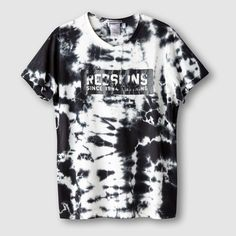 how to crop mens t shirts Tie Dye Fashion, Look Fashion, Mens Fashion, Dye Shirt, Tie Dye T Shirts, New T Shirt Design, Shirt Designs, Tie Dye Designs, Cool Hoodies