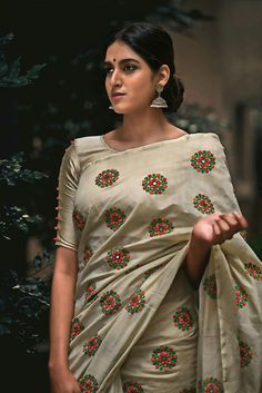 Looking for half saree color combinations ? Check out 21 cool looking half saree designs with trending colors and modern appeal. Half Saree Designs, Saree Blouse Designs, Blouse Patterns, Indian Attire, Indian Ethnic Wear, Ethnic Fashion, Indian Fashion, Saree Fashion, Women's Fashion