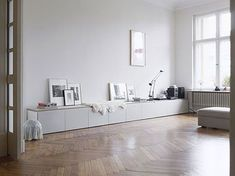 Home Decor – Living Room : long clean white storage – Ikea Besta may work for this look -Read More – Source by contact_DecorHome Home Living Room, Living Room Decor, Living Spaces, Living Area, Dining Room, Living Room Inspiration, Interior Inspiration, My New Room, Minimalist Home